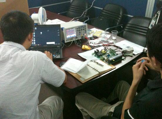 我公司技术服务人员到深圳市某技术股份有限公司进行技术培训